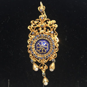 18kt filigree ornate enamel sapphire pearl pendant